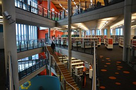 library-1132573__180